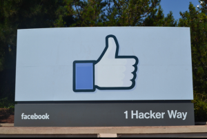 02-facebook-1-hacker-way-sign